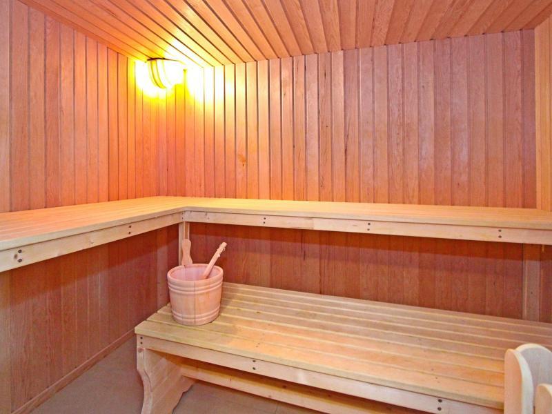 Holiday in mountain resort Chalet Chaud - La Tzoumaz - Sauna