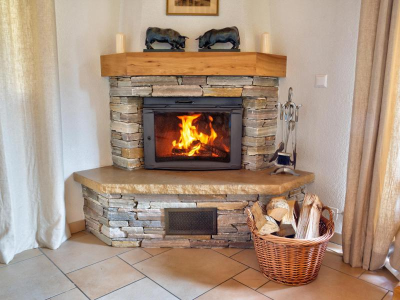 Holiday in mountain resort Chalet Collons 1850 - Thyon - Fireplace