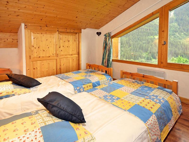 Vacances en montagne Chalet Côte Arbet - Champagny-en-Vanoise - Chambre mansardée