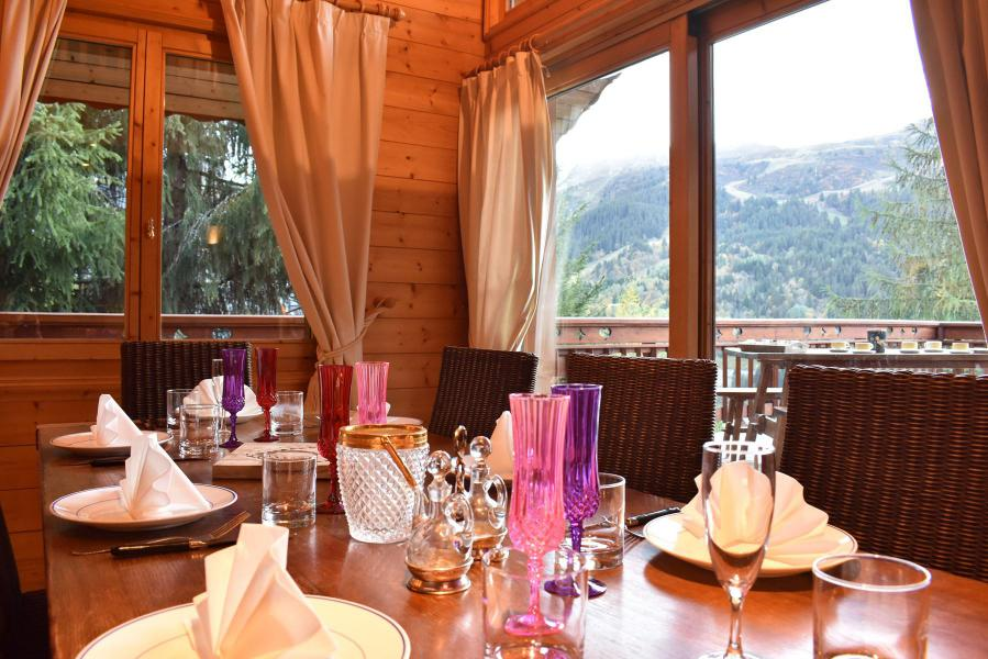 Holiday in mountain resort 6 room chalet 12 people - Chalet Cret Voland - Méribel - Accommodation