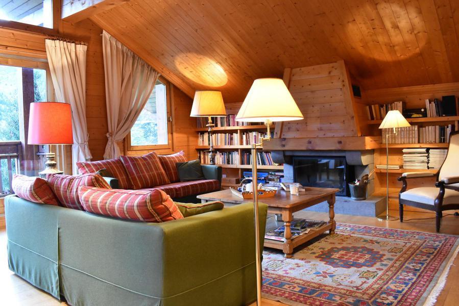 Holiday in mountain resort 6 room chalet 12 people - Chalet Cret Voland - Méribel - Living room
