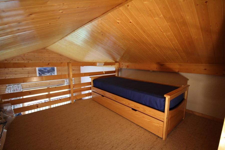 Vacaciones en montaña Apartamento 3 piezas mezzanine para 6 personas (116) - Chalet Cristal 1 - Les Saisies - Cama individual