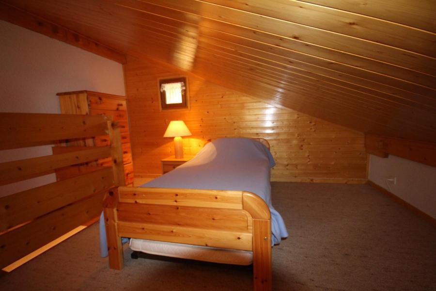 Vacaciones en montaña Apartamento 2 piezas mezzanine para 6 personas (215) - Chalet Cristal 2 - Les Saisies - Cama individual