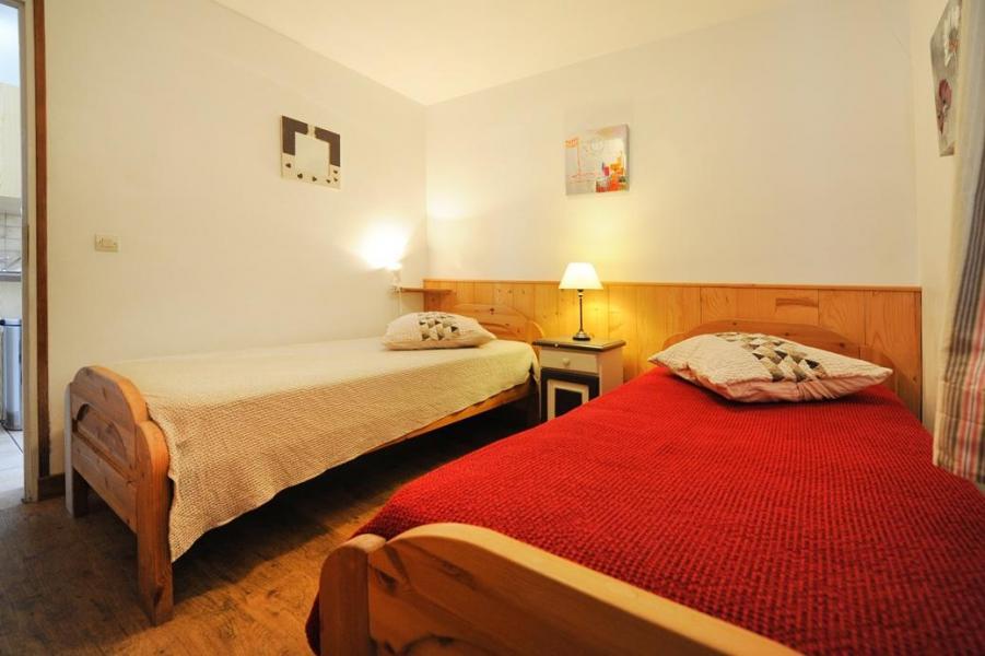 Vacances en montagne Appartement 3 pièces 6 personnes - Chalet Cristal - Les Menuires - Chambre