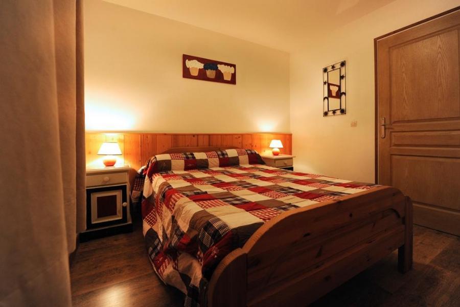 Vacances en montagne Appartement 3 pièces 6 personnes - Chalet Cristal - Les Menuires - Lit double