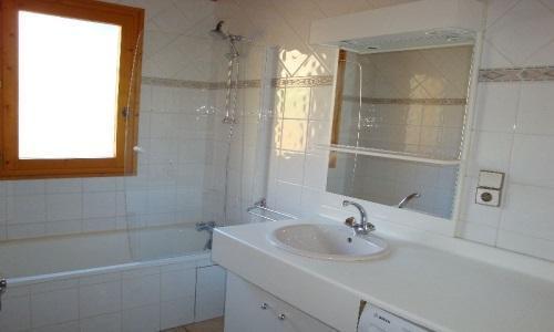 Vacances en montagne Appartement 4 pièces 8 personnes - Chalet Cristal - Champagny-en-Vanoise - Salle de bains