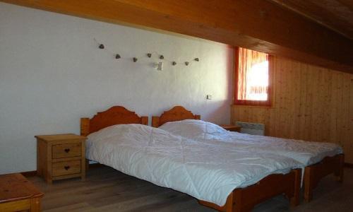 Vacances en montagne Appartement duplex 5 pièces 10 personnes - Chalet Cristal - Champagny-en-Vanoise - Couchage