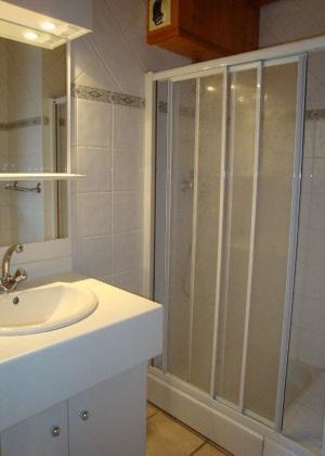 Vacances en montagne Appartement duplex 5 pièces 10 personnes - Chalet Cristal - Champagny-en-Vanoise - Salle d'eau