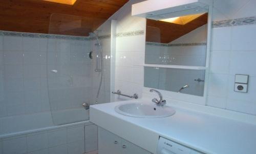 Vacances en montagne Appartement duplex 5 pièces 10 personnes - Chalet Cristal - Champagny-en-Vanoise - Salle de bains