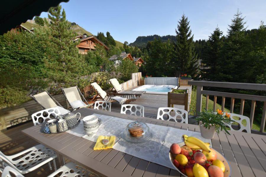 Vacaciones en montaña Chalet triplex 6 piezas para 11 personas - Chalet d'Anne - Le Grand Bornand - Terraza-jardin