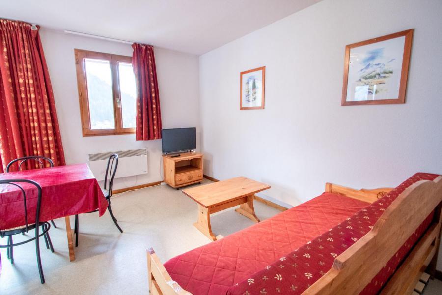 Vacaciones en montaña Apartamento 3 piezas para 6 personas (H22) - Chalet d'Arrondaz - Valfréjus - Sofá-cama