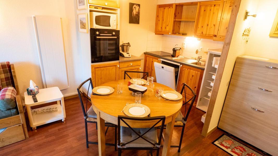 Vacances en montagne Appartement 2 pièces 5 personnes (206) - Chalet de Florence - Valfréjus - Table