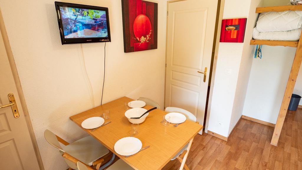 Vacances en montagne Studio cabine 4 personnes (14) - Chalet de Florence - Valfréjus - Table