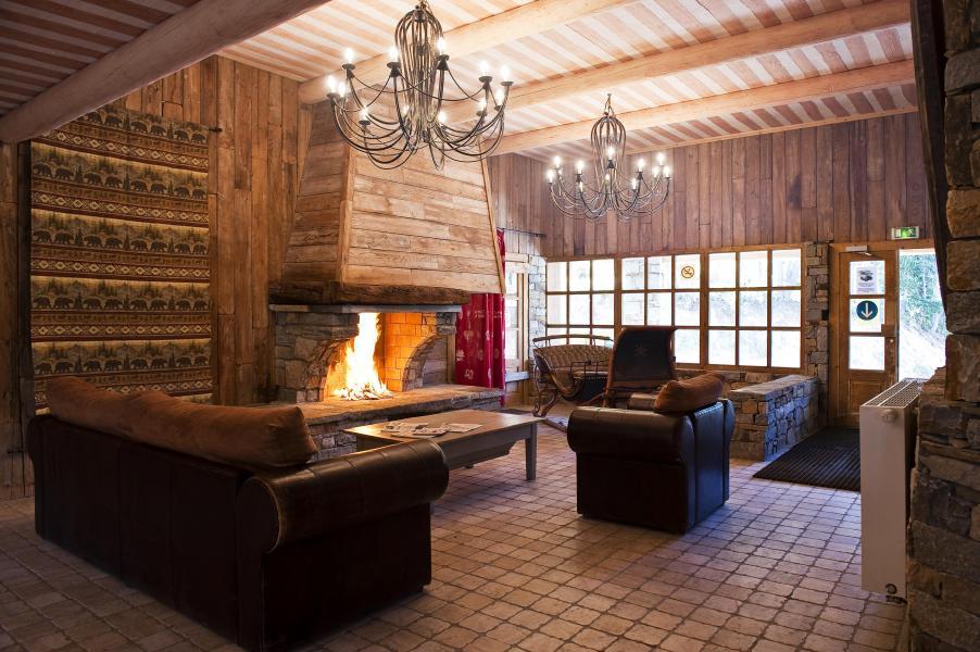 Vakantie in de bergen Chalet de l'Ours - Les Arcs - Open haard