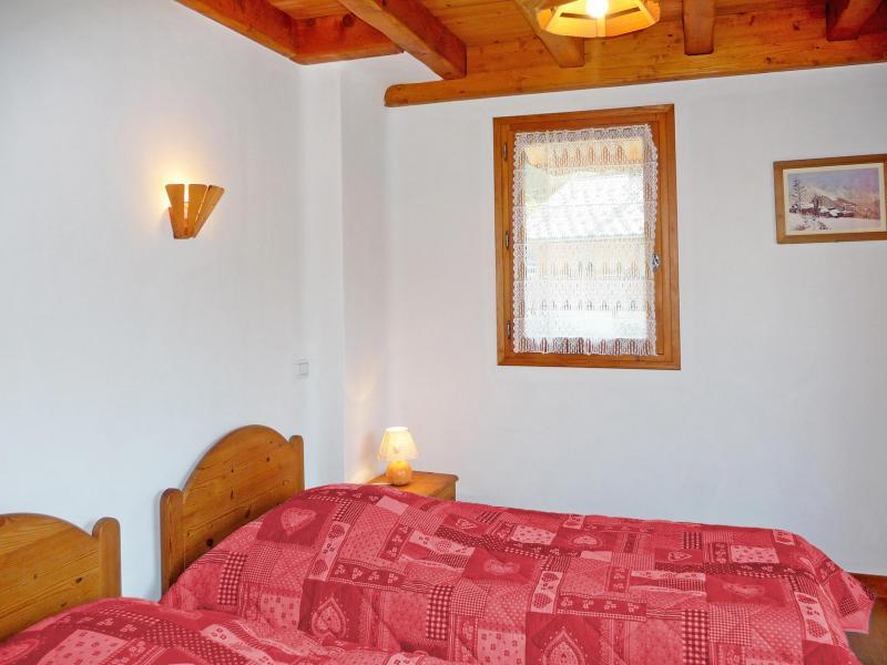 Holiday in mountain resort Chalet de la Côte - Champagny-en-Vanoise - Bedroom