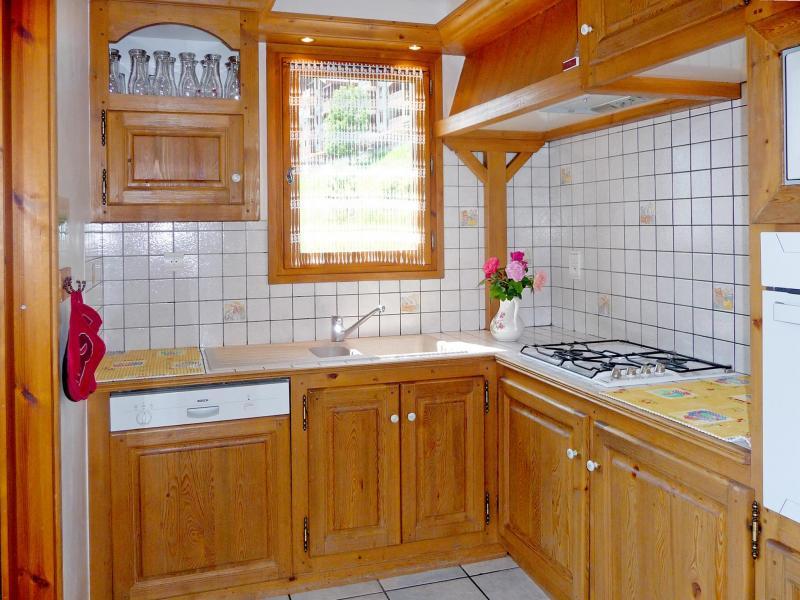 Holiday in mountain resort Chalet de la Côte - Champagny-en-Vanoise - Kitchen