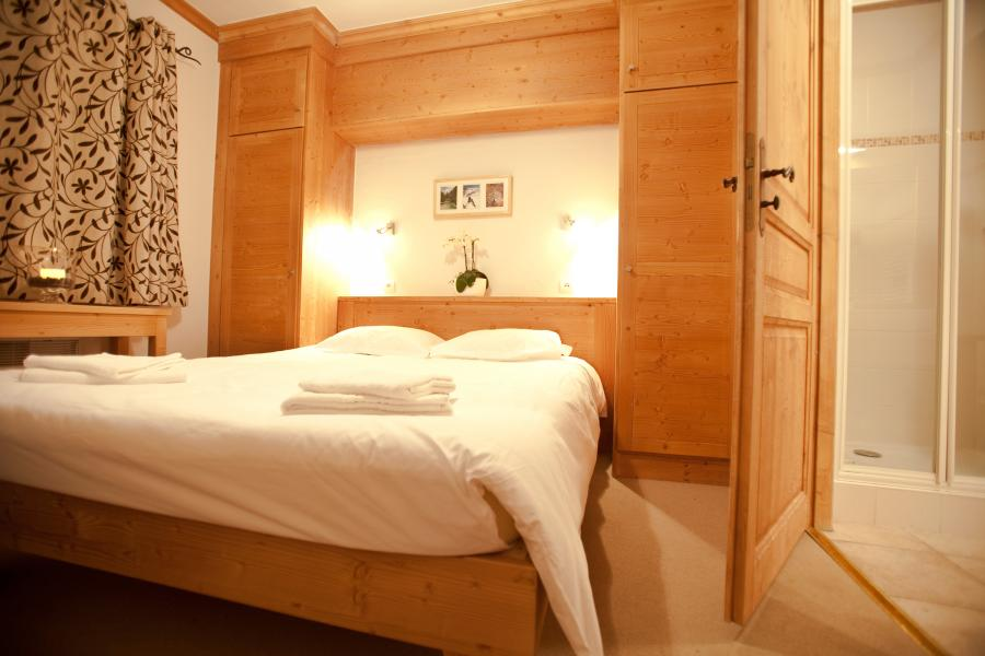 Holiday in mountain resort Chalet de la Dame Blanche - Les Menuires - Bedroom