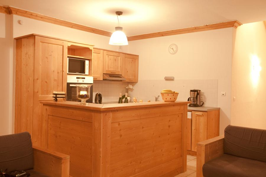 Holiday in mountain resort Chalet de la Dame Blanche - Les Menuires - Kitchen