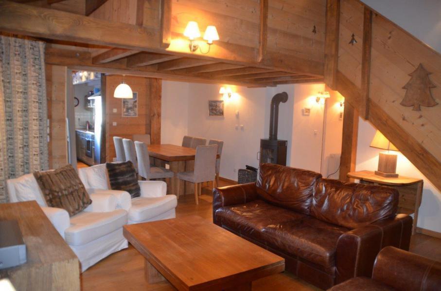 Vacances en montagne Chalet duplex 5 pièces 12 personnes - Chalet des Encombres - Saint Martin de Belleville - Séjour