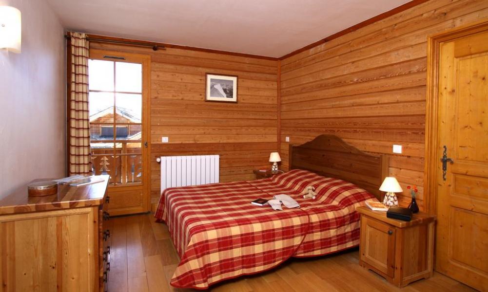 location 20 personnes alpe d 39 huez alpes du nord montagne vacances. Black Bedroom Furniture Sets. Home Design Ideas