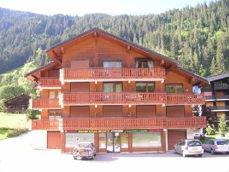 Rent in ski resort 2 room apartment sleeping corner 5 people (11D) - Chalet du Perthuis - Châtel - Summer outside