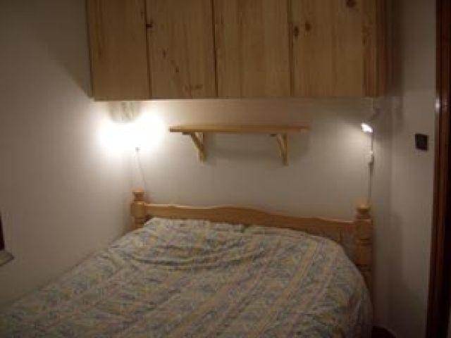 Vacaciones en montaña Apartamento cabina 2 piezas para 5 personas (11B) - Chalet du Perthuis - Châtel - Cama doble