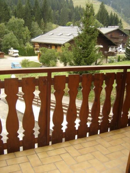 Vacaciones en montaña Apartamento cabina 2 piezas para 5 personas (12C) - Chalet du Perthuis - Châtel - Balcón