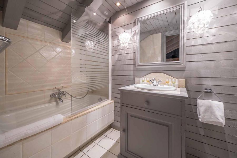 Vacances en montagne Chalet Etienne - Méribel - Salle de bains