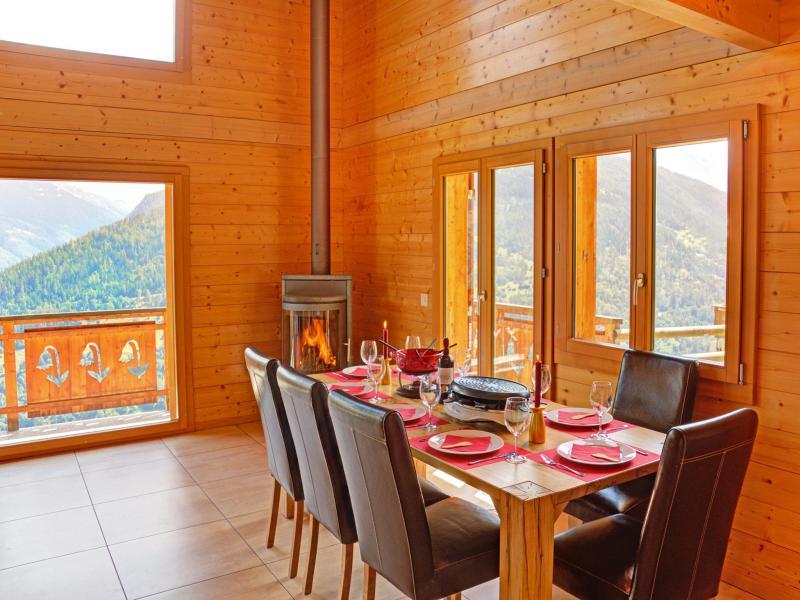 Vacances en montagne Chalet Etoile des 4 Vallées - Thyon - Table