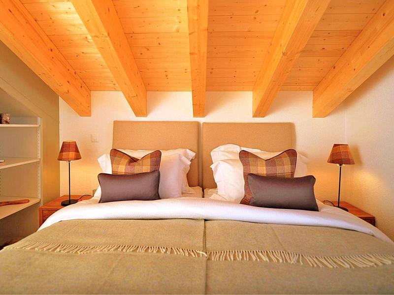 Vacances en montagne Chalet Falcons Nest - Thyon - Chambre mansardée