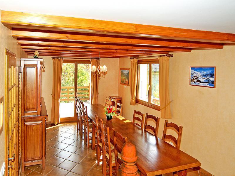 Holiday in mountain resort Chalet Flocon de Belleville - Les Menuires - Table