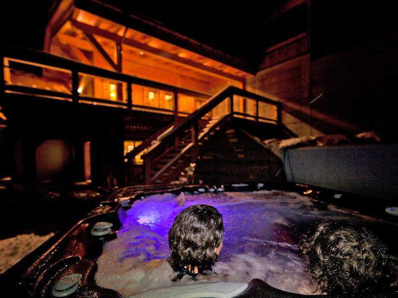 Urlaub in den Bergen Chalet Flocon de Neige - La Tzoumaz - Whirlpool