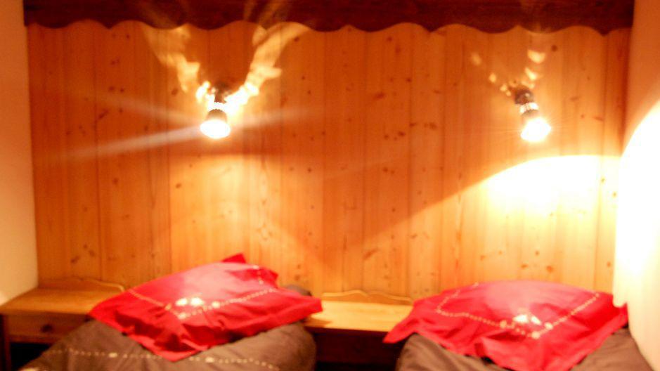 Vacaciones en montaña Chalet Geffriand - Les Menuires - Habitación