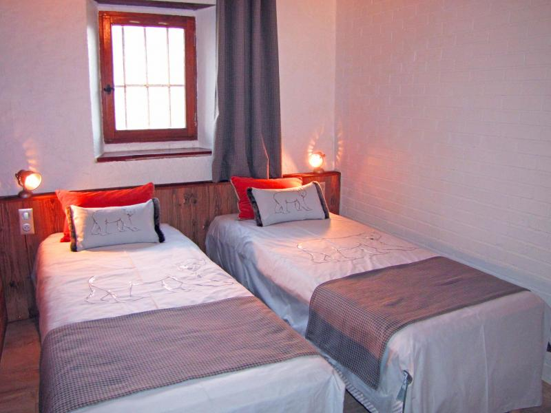 Holiday in mountain resort Chalet Grand Massif - Morillon - Bedroom