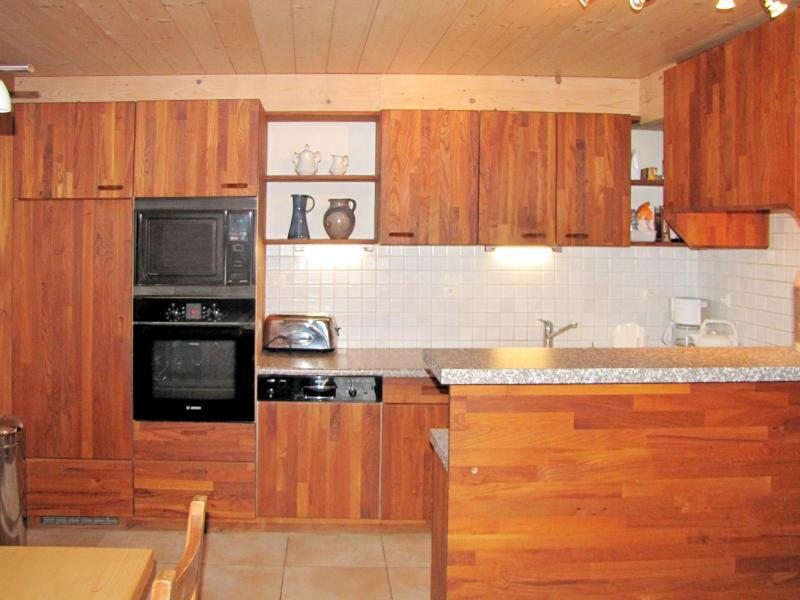 Holiday in mountain resort Chalet Grand Massif - Morillon - Kitchen