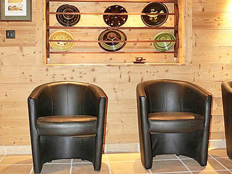 Holiday in mountain resort Chalet Haute-Savoie - Morillon - Armchair