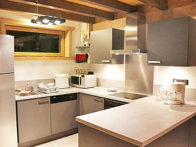 Holiday in mountain resort Chalet Haute-Savoie - Morillon - Kitchen