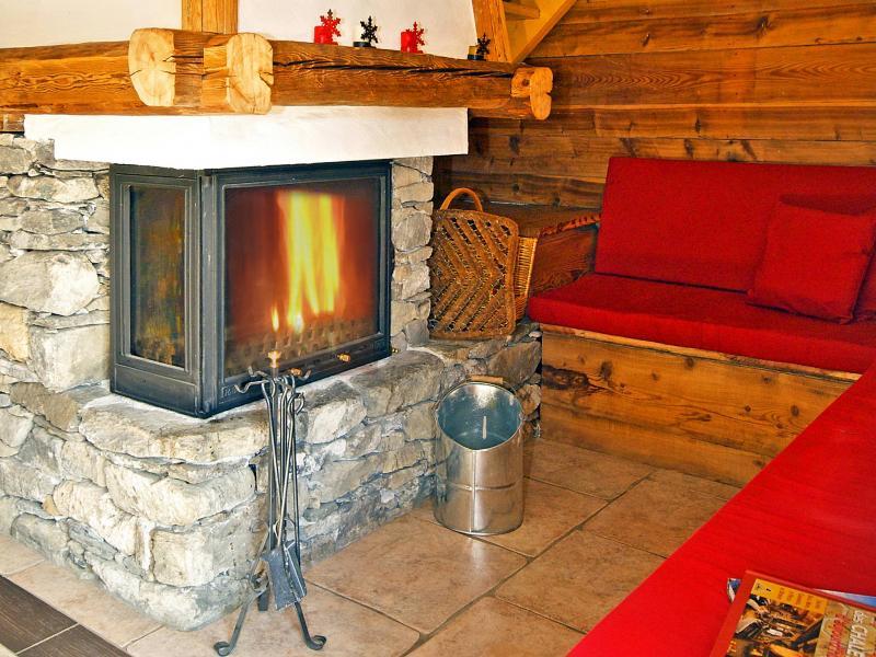 Vacances en montagne Chalet Honoré - Peisey-Vallandry - Cheminée