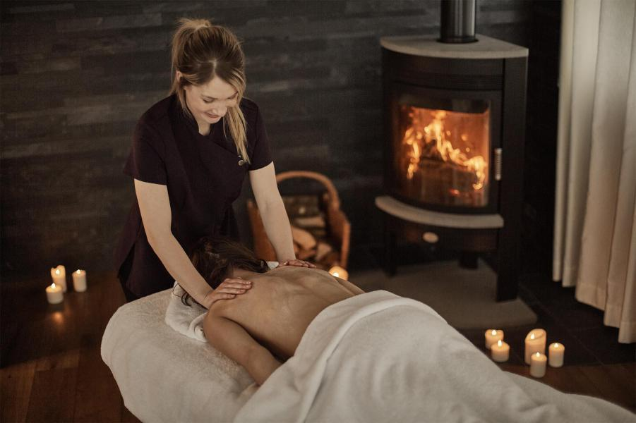 Vacances en montagne Chalet Iona - Méribel - Massage