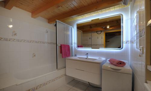 Vacances en montagne Appartement duplex 3 pièces 5 personnes - Chalet Iris - Saint Martin de Belleville - Baignoire