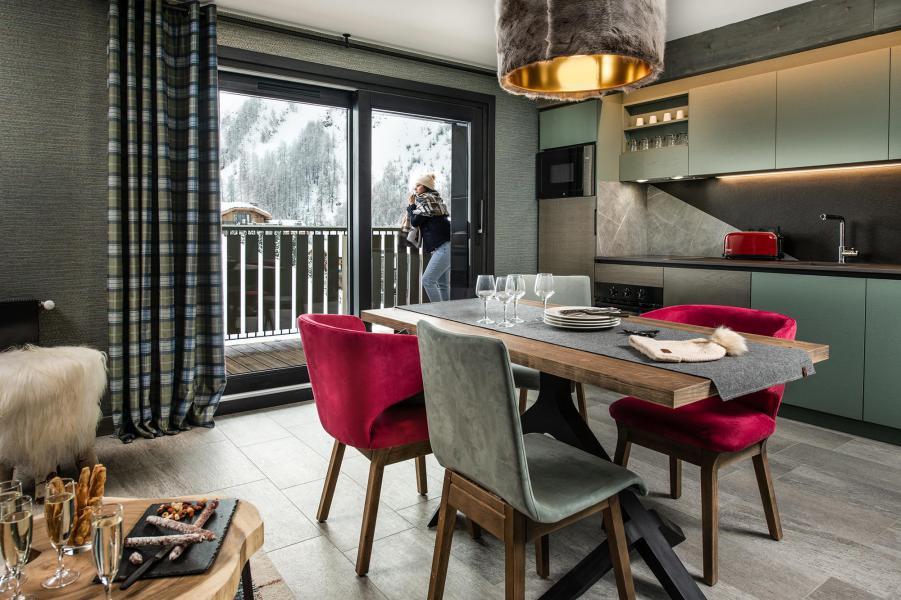 Vakantie in de bergen Appartement 3 kamers 4 personen - Chalet Izia - Val d'Isère - Eethoek