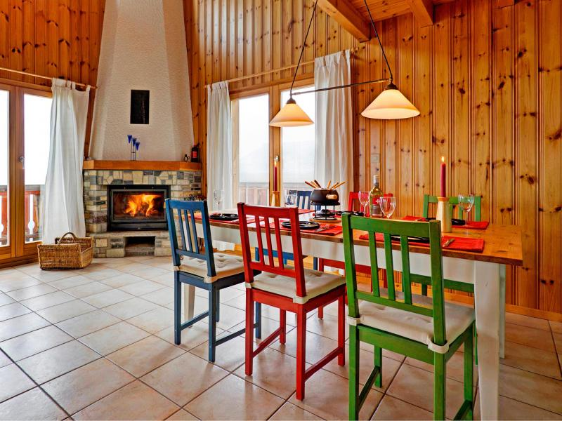 Holiday in mountain resort Chalet Krokus - Thyon - Dining area