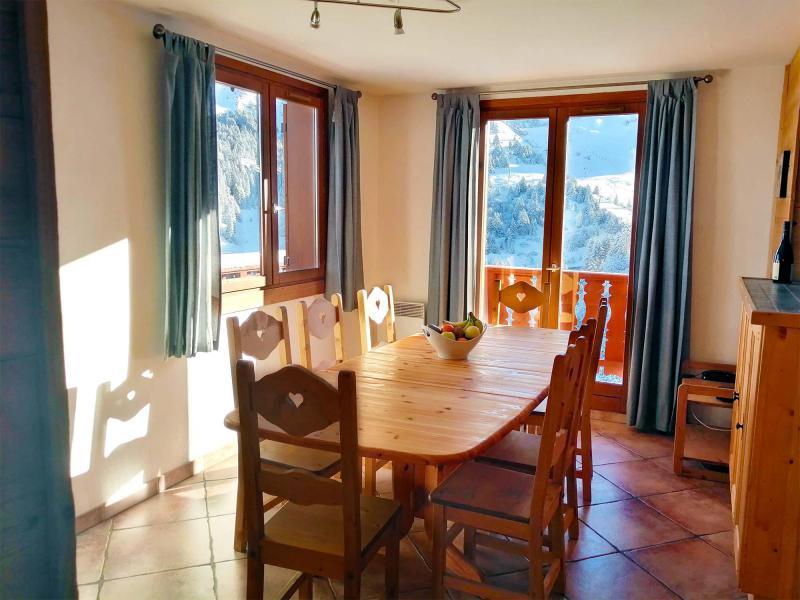 Vacances en montagne Chalet  L'Arclusaz - Méribel-Mottaret - Salle à manger