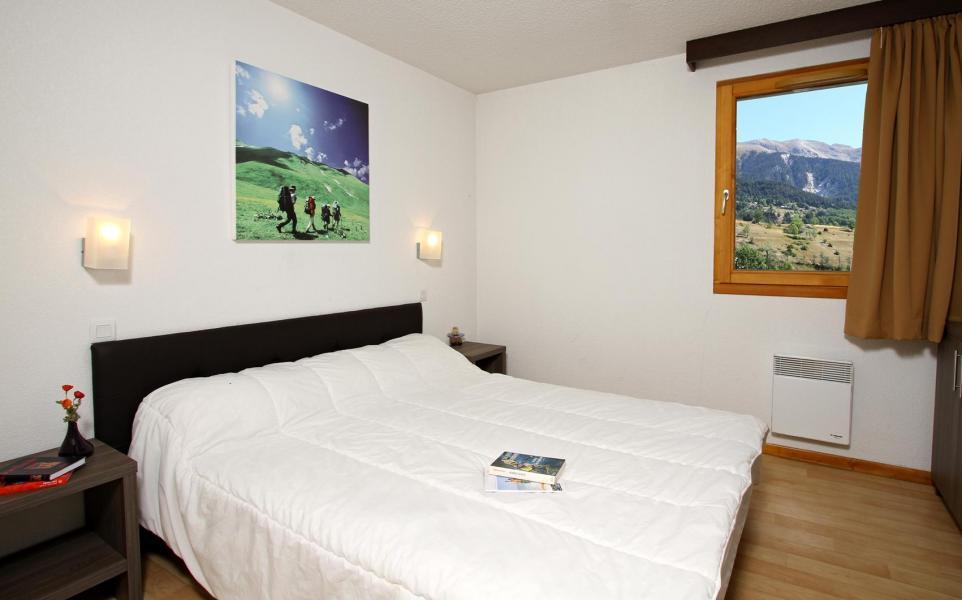 Vacances en montagne Chalet l'Eterlou - Serre Chevalier - Chambre