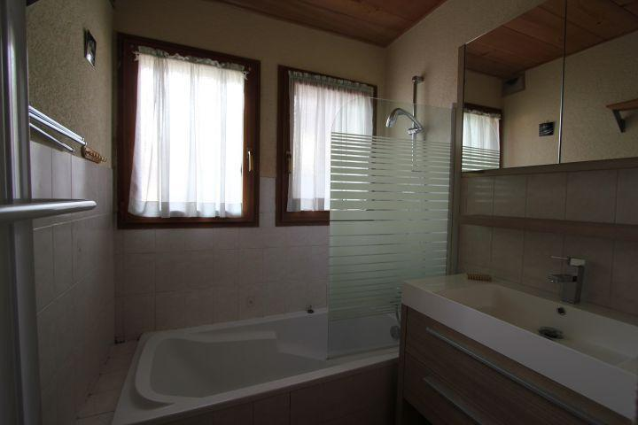 Vacaciones en montaña Apartamento cabina 2 piezas para 5 personas (1) - Chalet l'Igloo - Châtel - Bañera