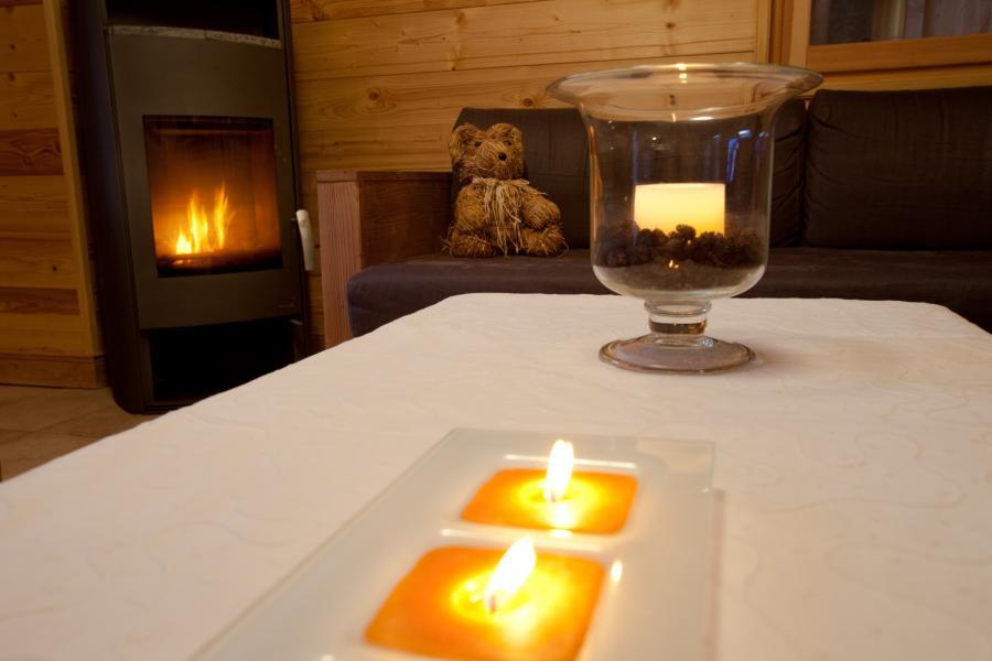 Vakantie in de bergen Chalet la Dame Blanche - Les Menuires - Houtkachel