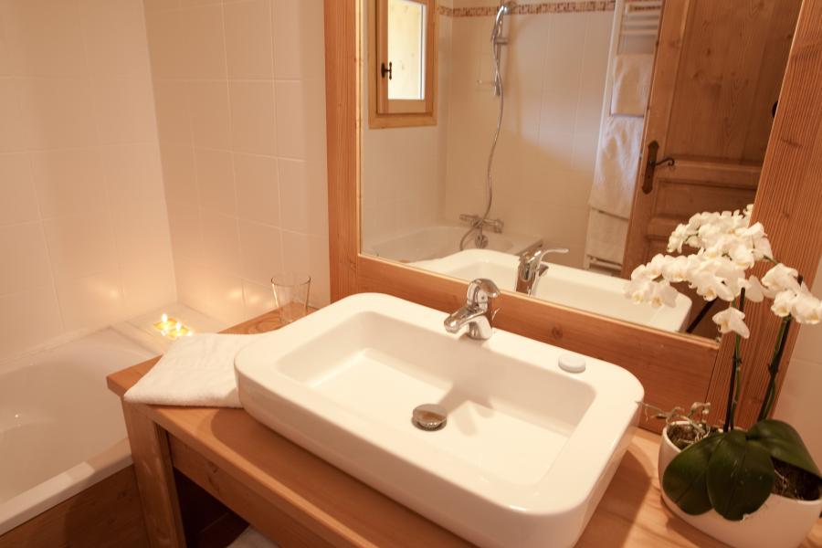Vacances en montagne Chalet la Dame Blanche - Les Menuires - Salle de bains