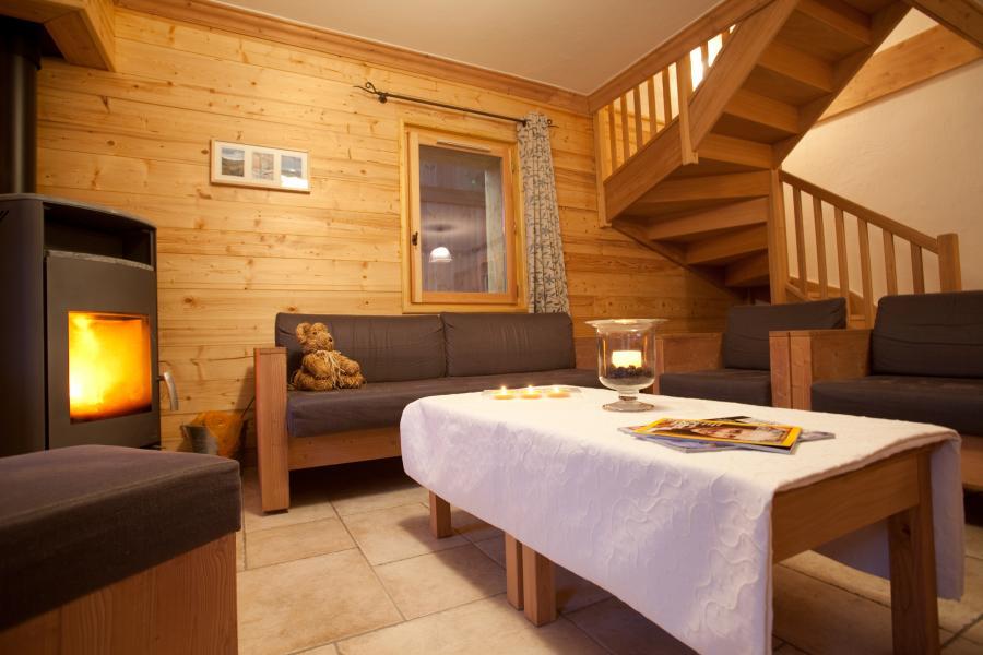 Vakantie in de bergen Chalet la Dame Blanche - Les Menuires - Woonkamer
