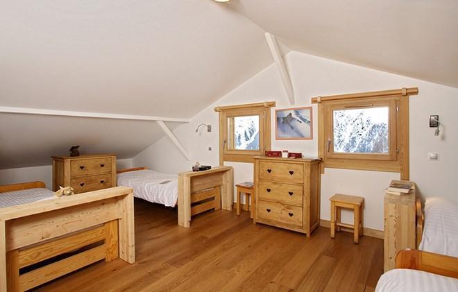Vacances en montagne Chalet la Muzelle - Les 2 Alpes - Chambre mansardée
