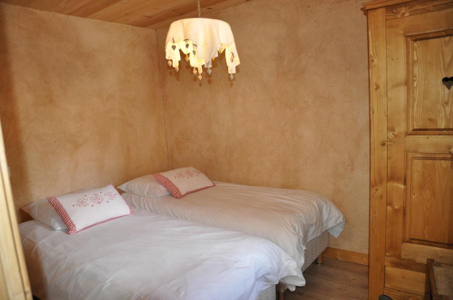 Vacaciones en montaña Apartamento 5 piezas para 7 personas - Chalet la Puce - Châtel - Habitación